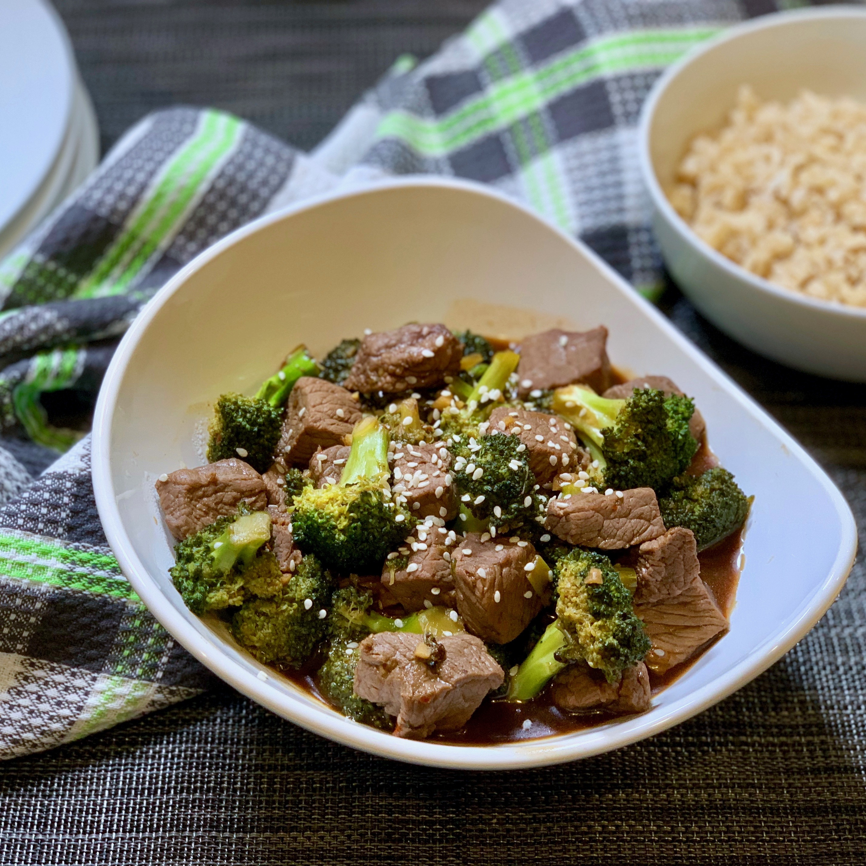 Protein and Veggies made tasty with this Healthy Beef and Broccoli Recipe